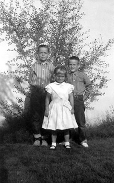 Image: 3 Chatham children