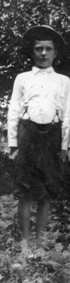 Image: Leonard in 1918